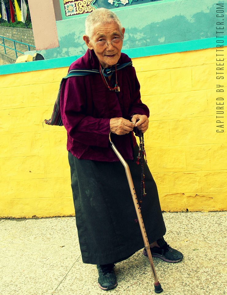 PEOPLE OF TIBET - DALAI LAMA TEMPLE - STREETTROTTER