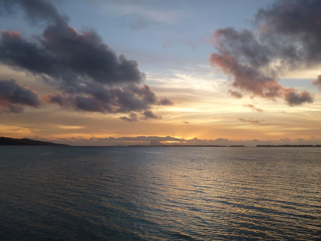 sunset-in-french-polynesia-1617155