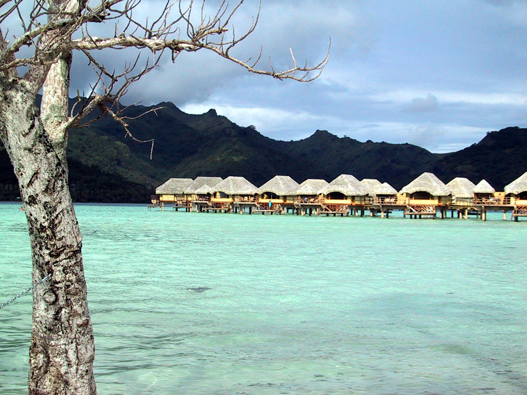 Overwater bungalows at the Tahaa Pearl Beach Resort in Tahiti
