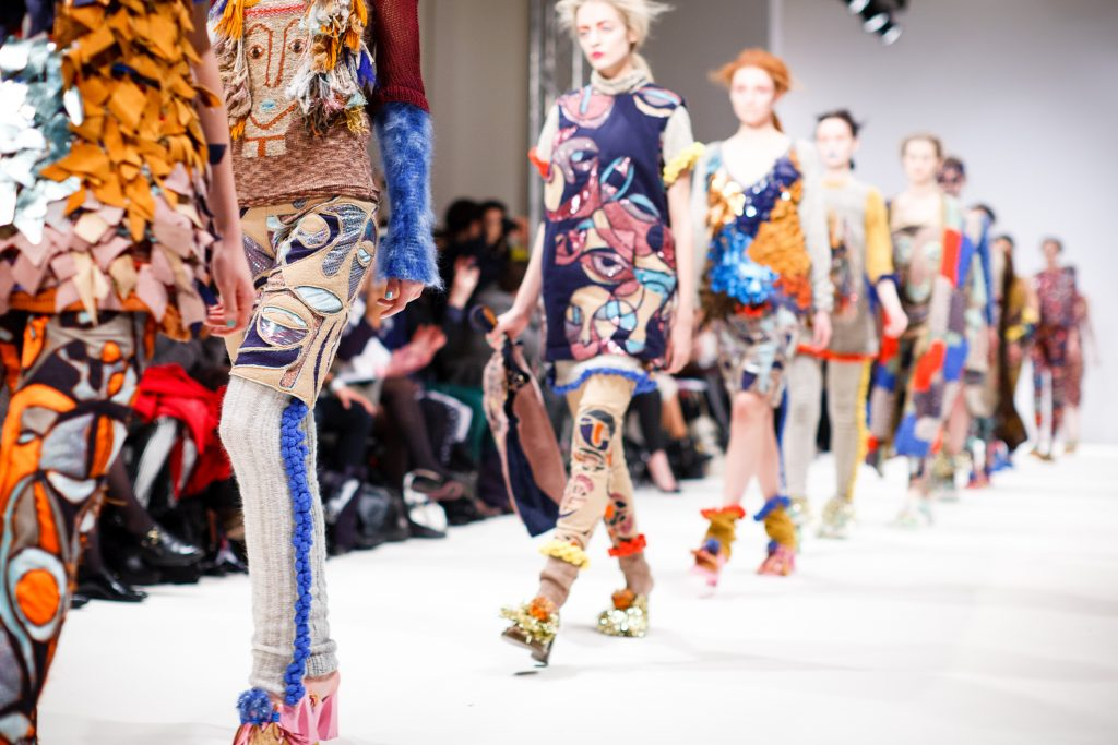 Fashion jobs - streettrotter
