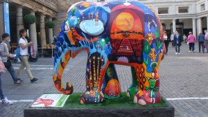 elephant parade - london - streettrotter