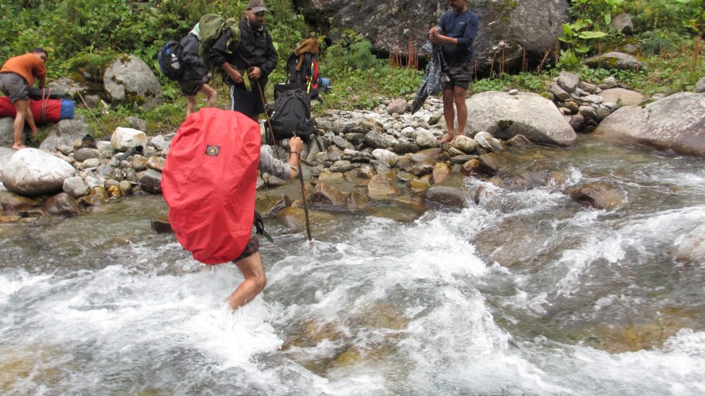 stream-crossing-before-rashi