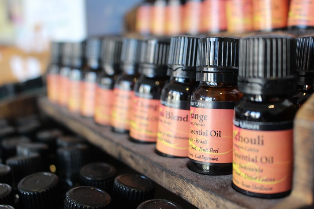 essential-oils-streettrotter