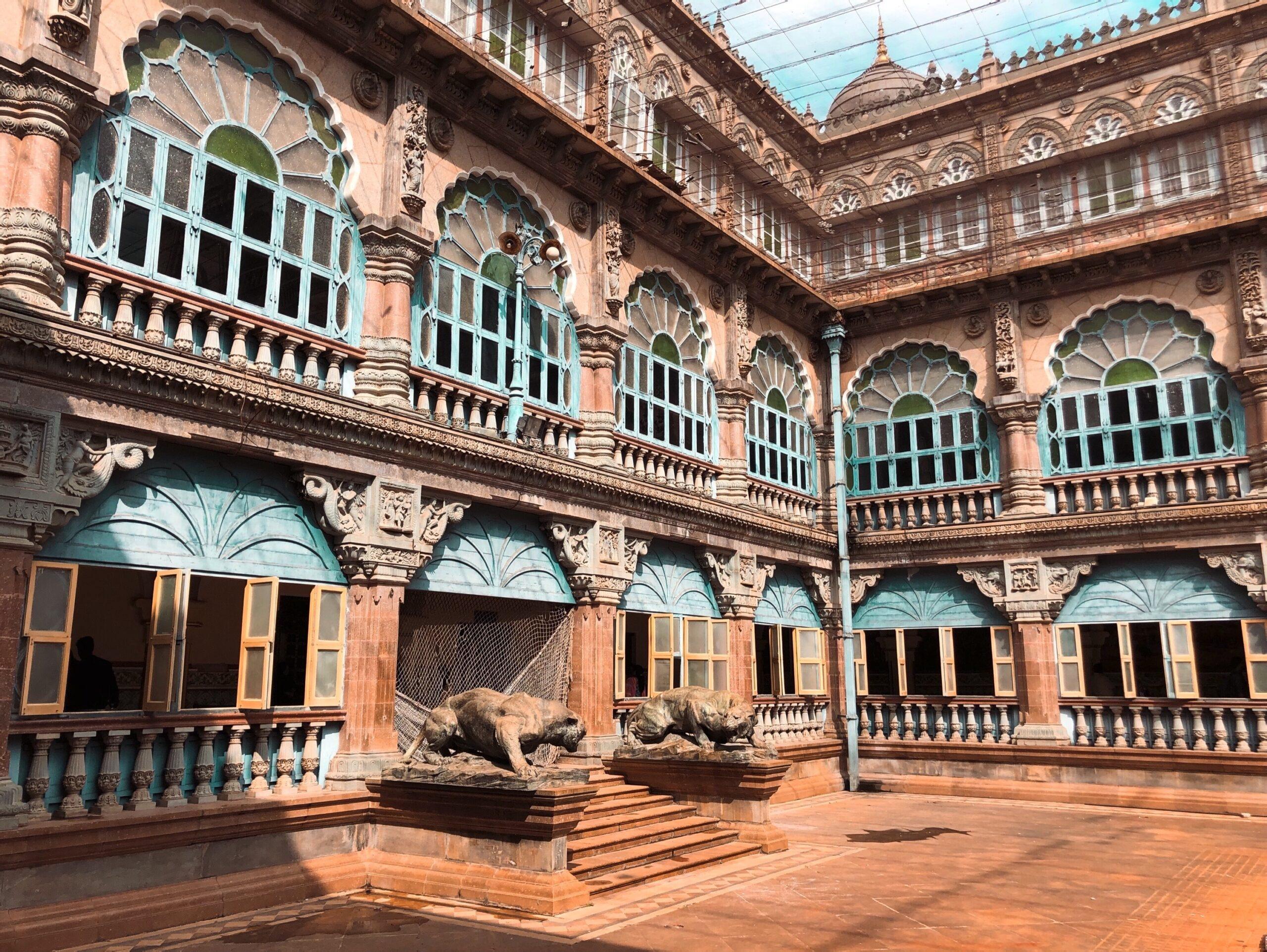 palace halls-mysore